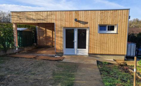 Abri et atelier ossature bois, module habitable.
